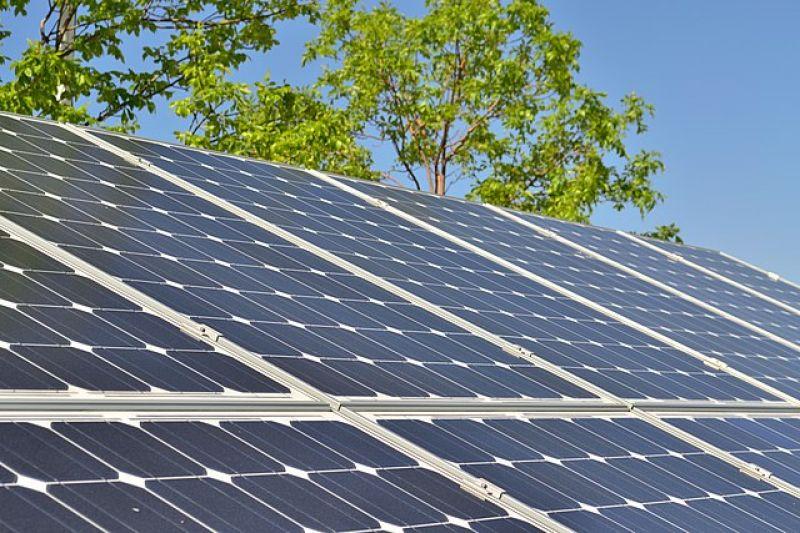solar-energy-50b9768c8e4c9233101e6f90d7d3fe8c1629963374.jpg