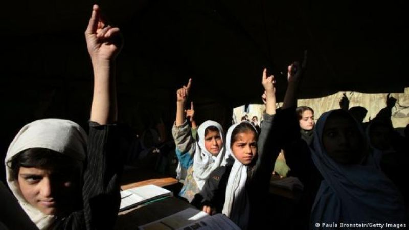 many-in-afghanistan-and-abroad-fear-that-the-taliban-will-restrict-the-education-of-girls-9894752ecc3a885b6d1020feed45f8fb1631522159.jpg