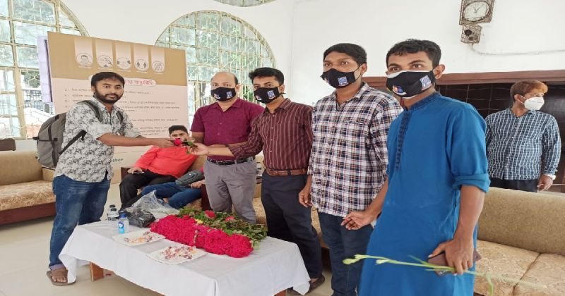 dhaka-university-students-started-returning-to-dormitories-that-opened-on-october-5-after-1-8f09aa8ff3fad5432e15d346bb4942dc1633591155.jpg